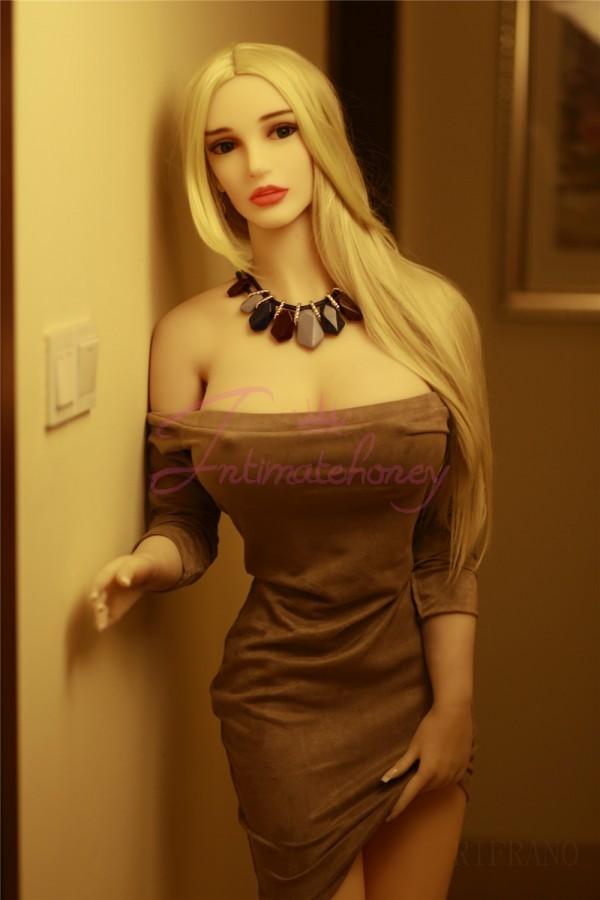 Celia Beautiful Sex Doll with Hot Body Lifelike TPE Love Doll