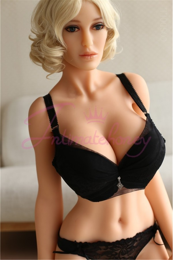 Sex doll anal